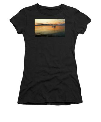 Hudson River From Irvington In Westchester County Women's T-Shirt