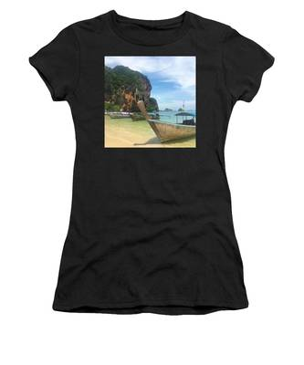 Seascape Women's T-Shirts