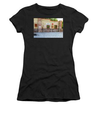 Old Saloon Wall Women's T-Shirt