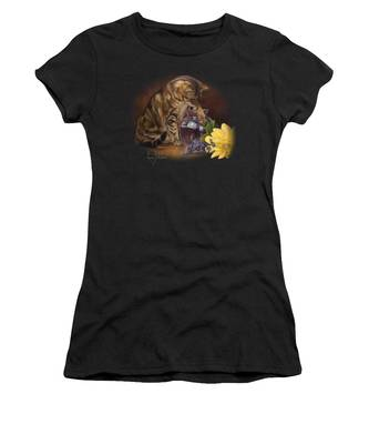 Paw In The Vase Women's T-Shirt