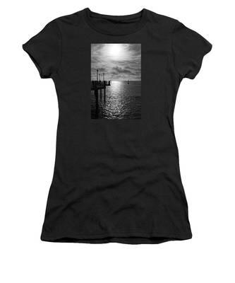 Pier Into The Sun Women's T-Shirt