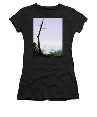 Reaching In The Shenandoah Women's T-Shirt
