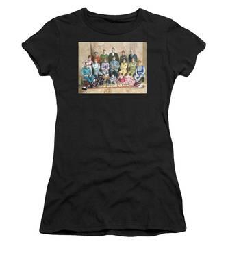 Saltimbanques Women's T-Shirt