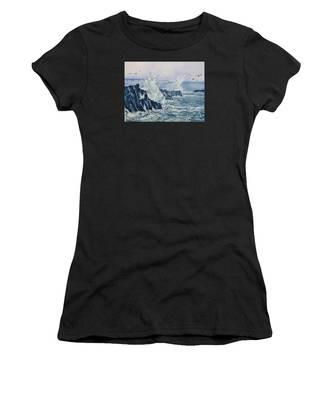 Sea, Splashes And Gulls Women's T-Shirt