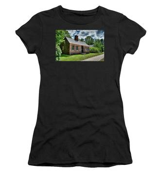The John Wells House In Wells Maine Women's T-Shirt