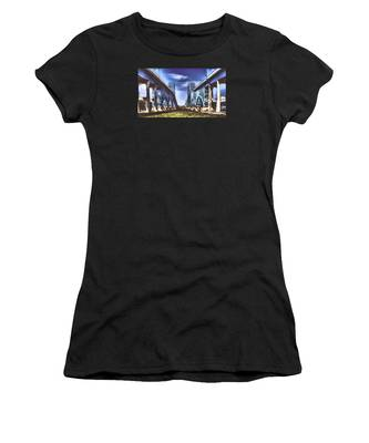 Twin Spanned Arched Women's T-Shirt