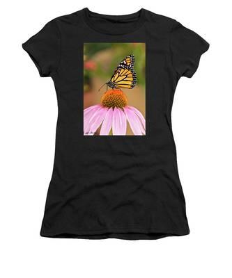 Monarch Butterfly On A Purple Coneflower Women's T-Shirt