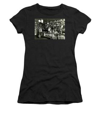 Proud Store Owner Women's T-Shirt