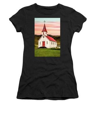 Sunset Chapel Of Iceland Women's T-Shirt