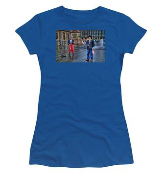 City Jugglers Women's T-Shirt