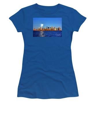 Lighthouse Manhattan Women's T-Shirt