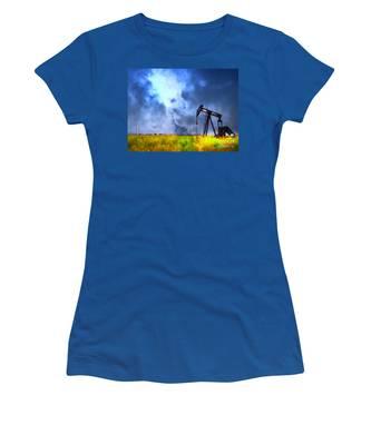 Oil Pump Field Women's T-Shirt
