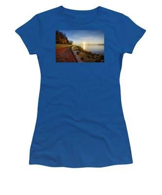Colorful Autumn Sunrise At Stanley Park Women's T-Shirt