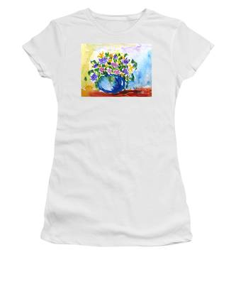 Bouquet Of Flowers In A Vase Women's T-Shirt