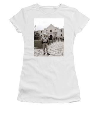 He Guards The Alamo Women's T-Shirt