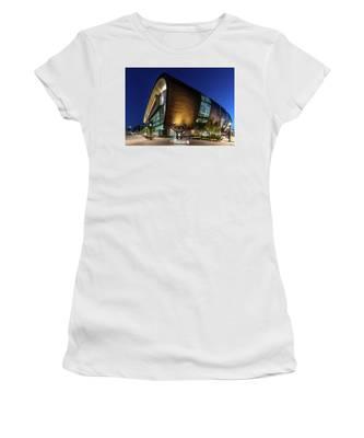 Milwaukee Bucks Women's T-Shirt