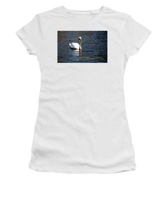 Reflecting Swan Women's T-Shirt