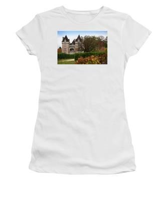 Chateau, Near Beynac, France Women's T-Shirt
