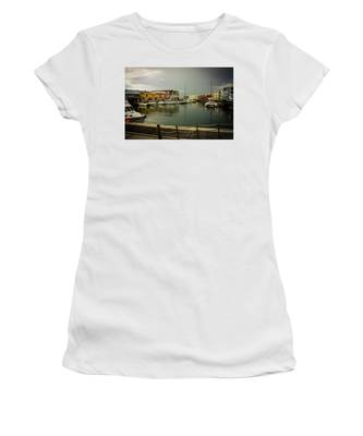 The Storm's A Coming. Women's T-Shirt
