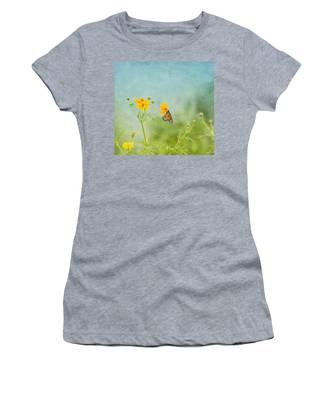 In The Garden - Monarch Butterfly Women's T-Shirt