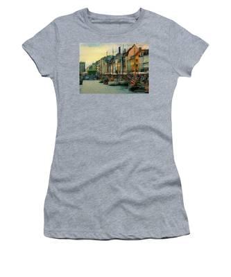 Nayhavn Street Women's T-Shirt