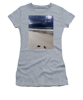 Time To Go Women's T-Shirt