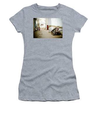 Tunisian Girl Women's T-Shirt