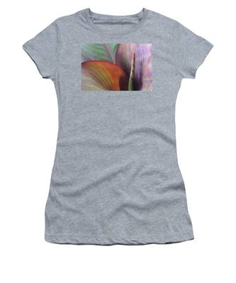Soft Focus Petal Women's T-Shirt