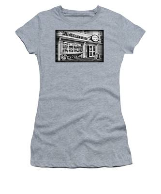 Ice Cream And Candy Shop At The Boardwalk - Jersey Shore Women's T-Shirt