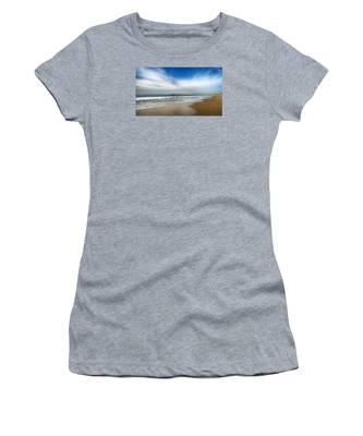 Loan Sufer Women's T-Shirt