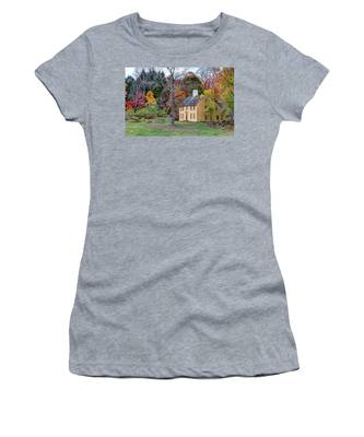 Parson Barnard House In Autumn Women's T-Shirt