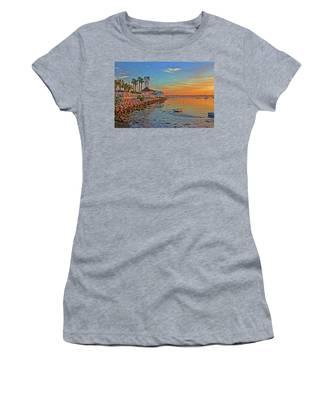 Sunrise At The Pier Women's T-Shirt