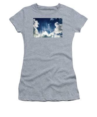 Cirrus Fibratus Women's T-Shirt