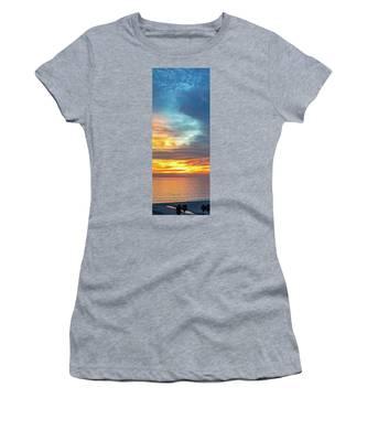 January Sunset - Vertirama Women's T-Shirt