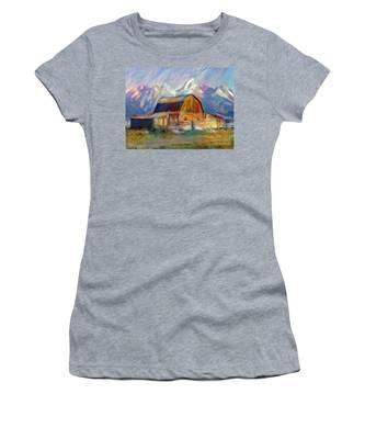 Old Wyoming Barn Women's T-Shirt