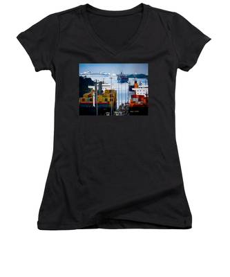 Panama Canal Express Women's V-Neck