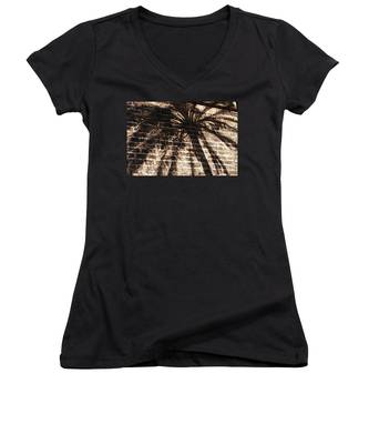 Palm Tree Cup Women's V-Neck
