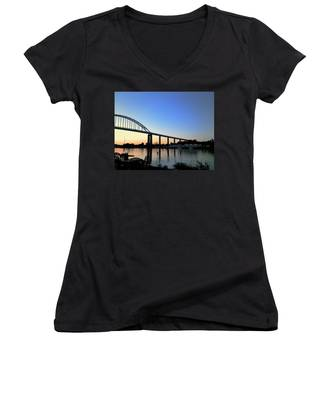 Chesapeake City Women's V-Neck
