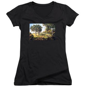 Countryside Women's V-Neck
