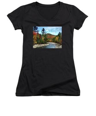 Mad River By Welch And Dickey  Women's V-Neck