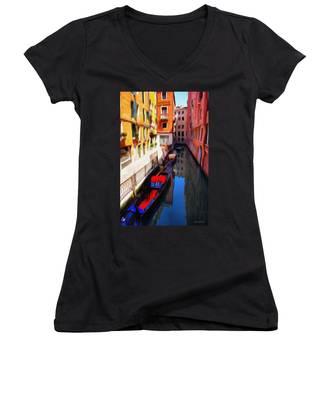 Venetian Canal Women's V-Neck