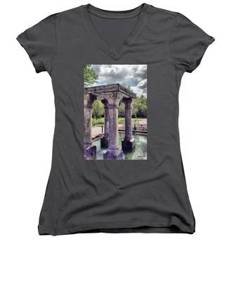 Columns In The Water Women's V-Neck