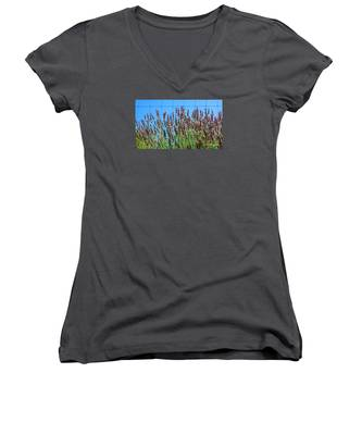 Country Lavender IIi Women's V-Neck