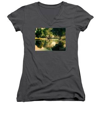 Heckscher Park Pond, Huntington Ny Women's V-Neck