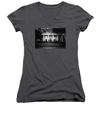 Historic Southern Home Women's V-Neck