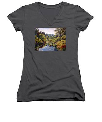 Richard's Pond Women's V-Neck