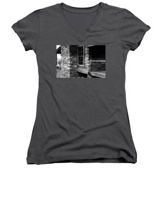 Side View Women's V-Neck