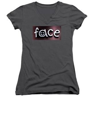 Face Women's V-Neck