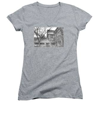 Annex At Ringwood Manor With Tree Women's V-Neck
