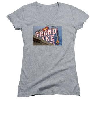 Grand Lake Theatre . Oakland California . 7d13495 Women's V-Neck
